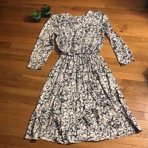 Vintage In Cinq Dress